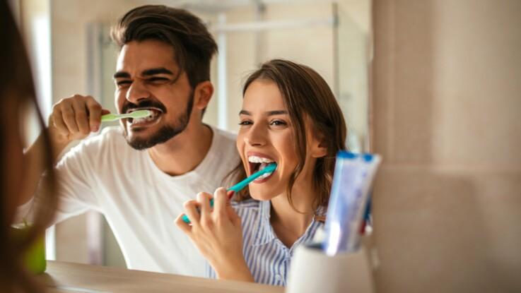Insuffisance cardiaque : pourquoi il faut se brosser les dents 3 fois par jour pour protéger son coeur