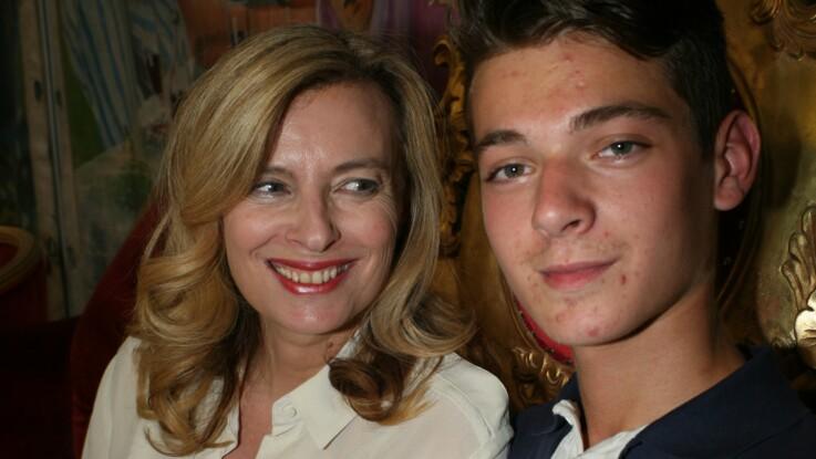Valérie Trierweiler : émue, elle partage une photo du mariage de son fils Léonard avec sa nouvelle femme Jennifer