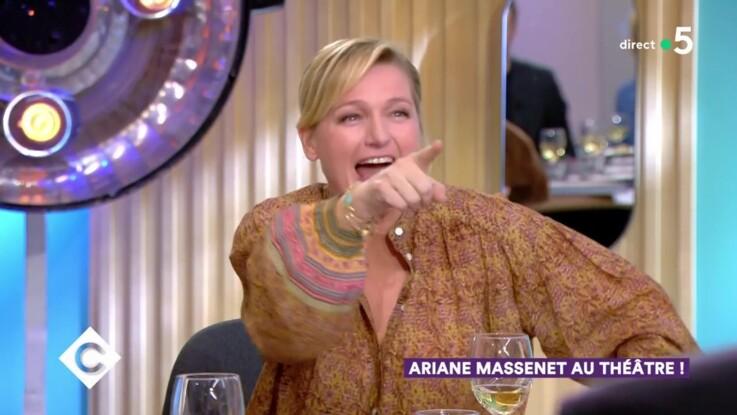 """Vidéo - """"C à Vous"""" : Anne-Elisabeth Lemoine outrée d'être comparée à Sophie Davant !"""