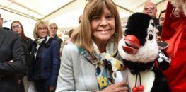 """Chantal Goya """"très affectée"""" : soupçonnée d'escroquerie, elle réfute ces accusations"""