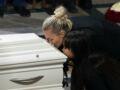 Mort de Johnny Hallyday : la requête surprenante de Laeticia Hallyday à leurs amis devant sa dépouille