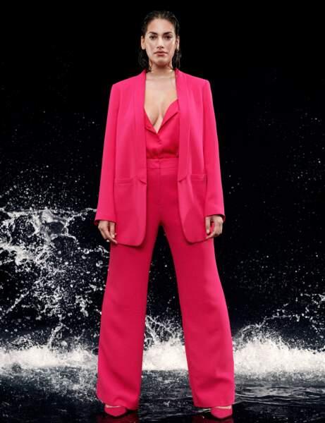 Yuvarlak moda: gösterişli kostüm