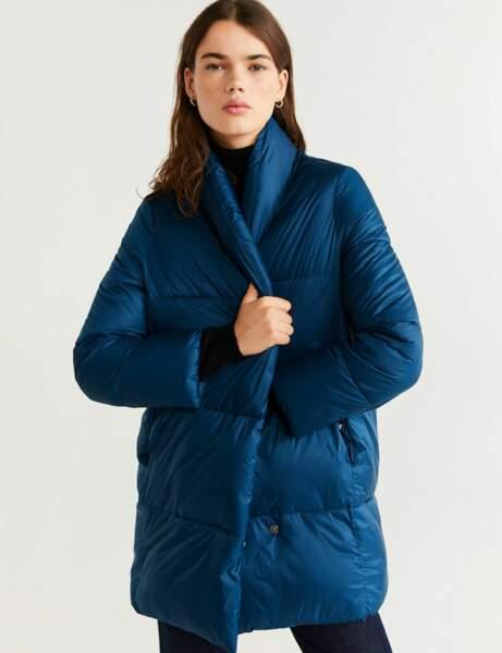 Klasik Mavi: Kışlık Ceket