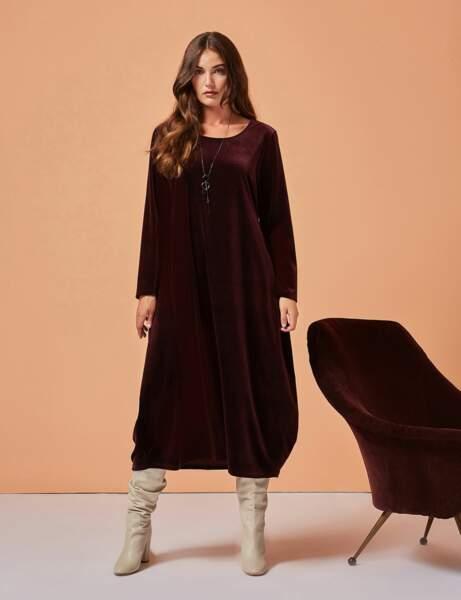 Yuvarlak moda: kadife elbise