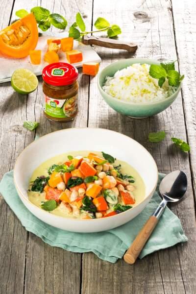 Curry vert de potimarron, pois chiches, épinards et patate douce