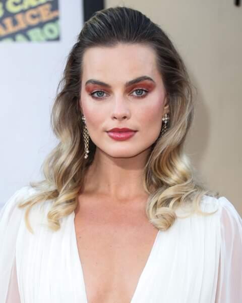 Le brushing glamour comme Margot Robbie
