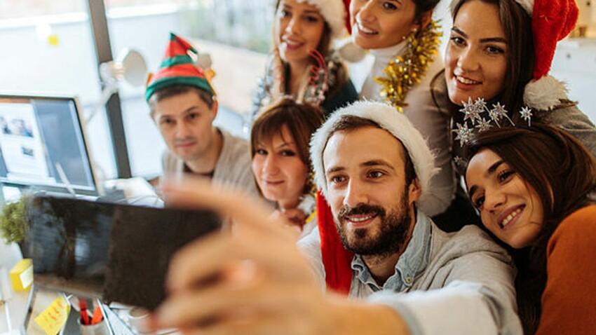 Noël en entreprise: on le fête aussi au bureau!