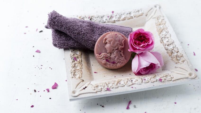 DIY : comment fabriquer son parfum solide à la rose