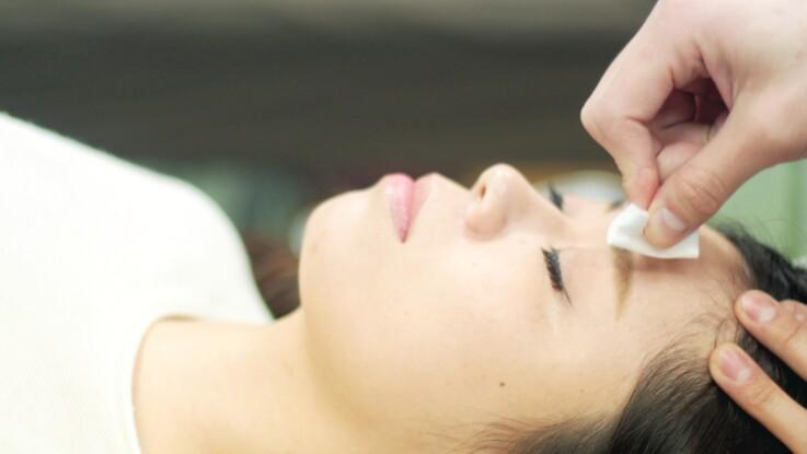 Paralysie faciale a frigore : causes, symptômes et traitement de la paralysie de Bell qui touche le visage