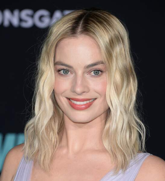 Le carré long wavy de Margot Robbie