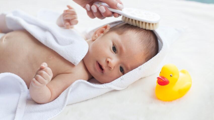 Dermatite séborrhéique du nourrisson : que faire contre les croûtes de lait de bébé ?