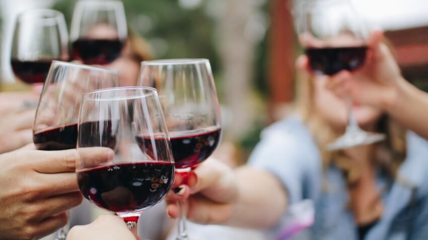 """Sucres, calories : les vins les plus """"lights"""" selon les experts"""