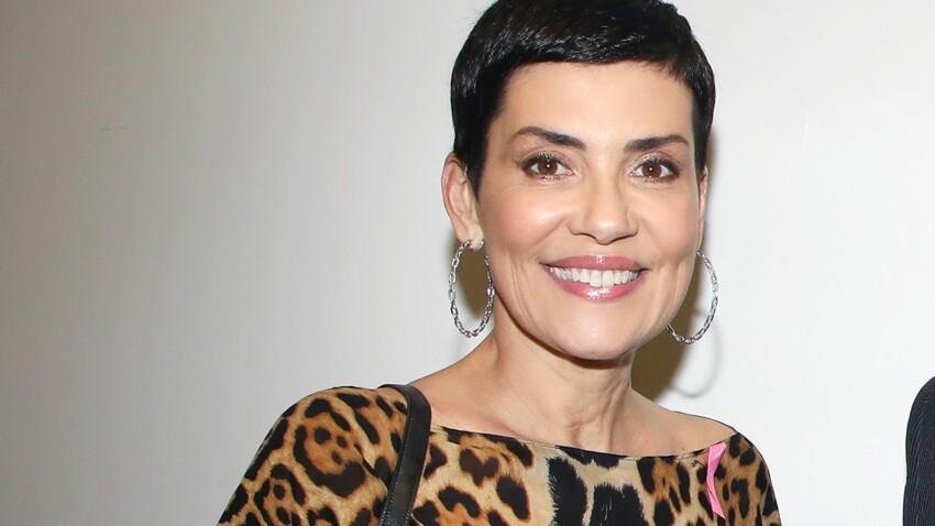 Bottes peau de vache et doudoune cape : Cristina Cordula divise ses fans dans un look d'hiver (vraiment) étonnant