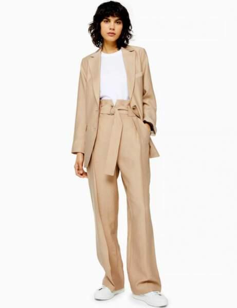 Soldes d'hiver : le costume pantalon
