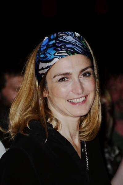 Avec un foulard en 2016