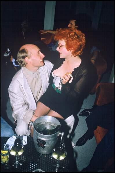 Michel Blanc et Josiane Balasko lors d'une soirée au Palace à Paris, en 1986