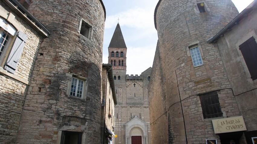 Zoom sur l'abbaye de Tournus, la cité bourguignonne