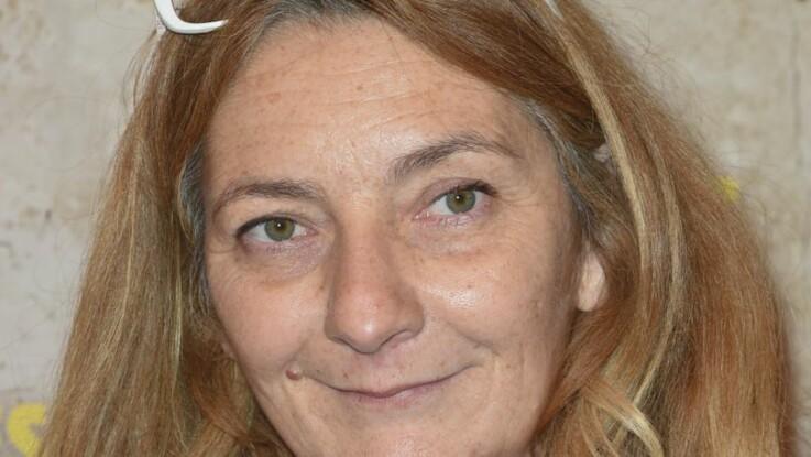 Corinne Masiero : incontrôlable elle montre ses seins face aux caméras de télévision