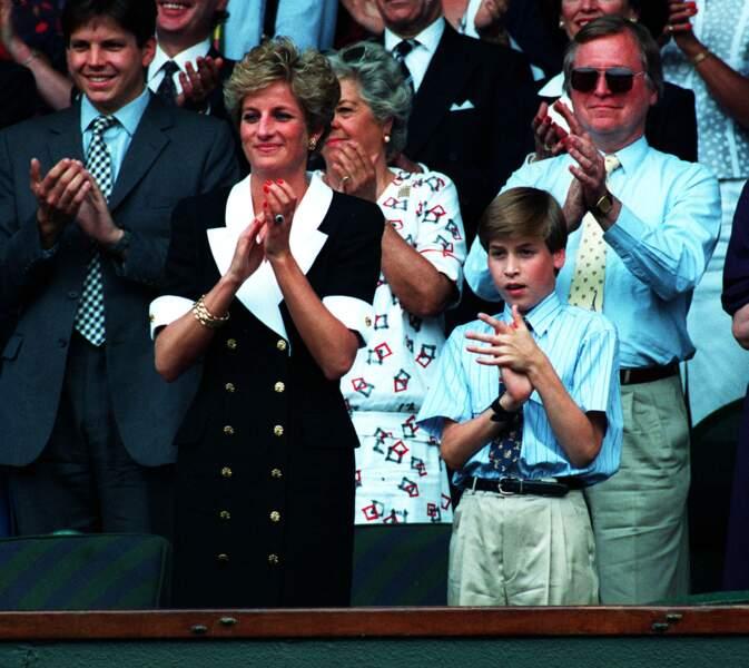 Lady Diana et son fils William, le jour de la finale de tennis féminine de Wimbledon, entre Conchita Martinez et Martina Navratilova, le 2 juillet 1994.