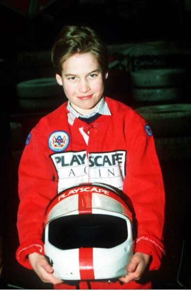 Le prince William fait du karting lors du Grand Prix d'Angleterre, en juillet 1988.