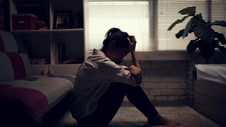 Une étude dévoile l'âge auquel nous serions le plus malheureux