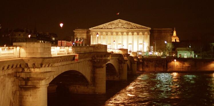 """Quand les politiques """"en Chiraquie"""" allaient s'encanailler dans un """"night-club scatophile"""" près de l'Assemblée nationale"""