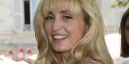 Julie Gayet superbe avec sa nouvelle coloration et coupe de cheveux !