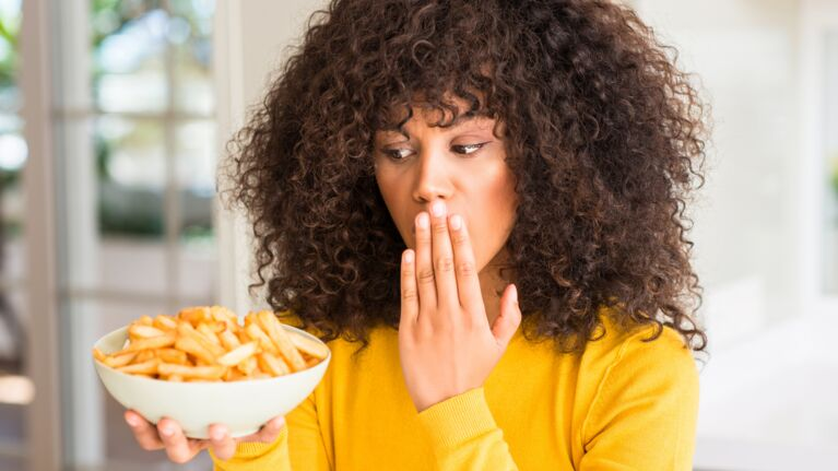 Detox anti-gras : 8 astuces pour maigrir sans se serrer la ceinture