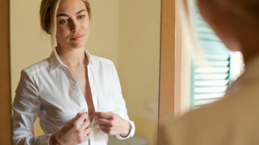 Forte poitrine : 4 astuces pour la faire paraître moins volumineuse
