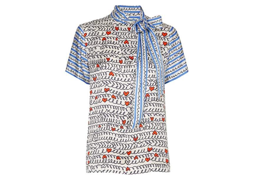 Saint-Valentin :la blouse lavallière de Caroline Biss
