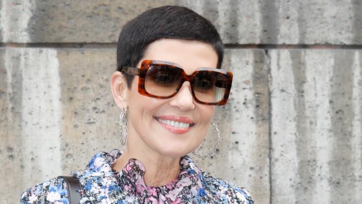 Cristina Cordula : elle relève le défi du manteau tendance dans les Reines du shopping (le résultat est vraiment très original !)