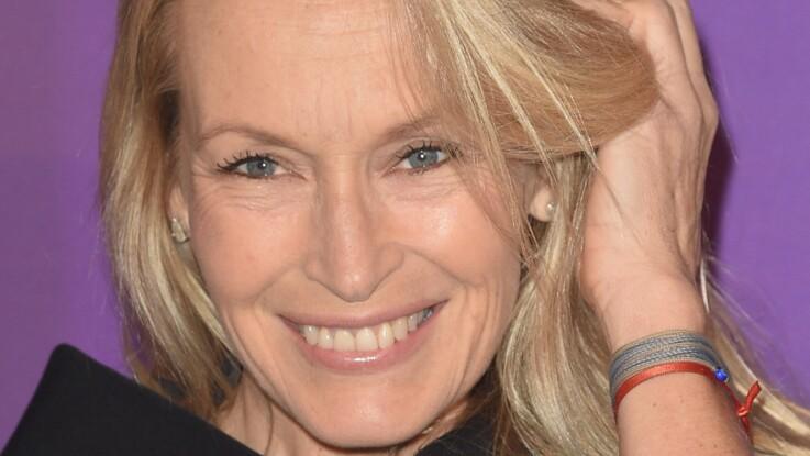Estelle Lefébure : à 53 ans, elle s'affiche au naturel (trop belle)