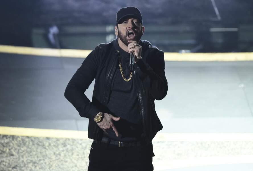 Le chanteur Eminem sur scène