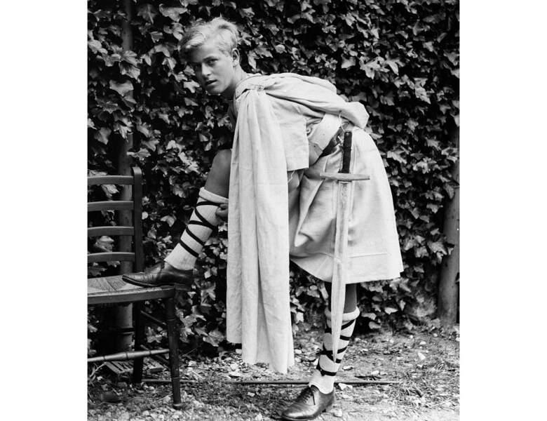Le Prince Philip de Grèce, ou le Duc d'Édimbourg en 1931 : il a 10 ans