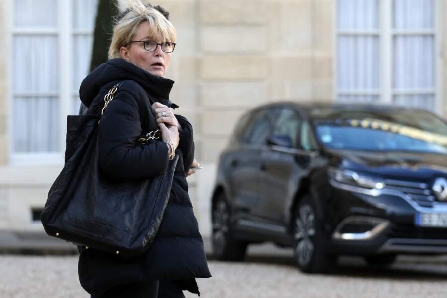 Claude Chirac devant l'Elysée ce mardi 11 février.
