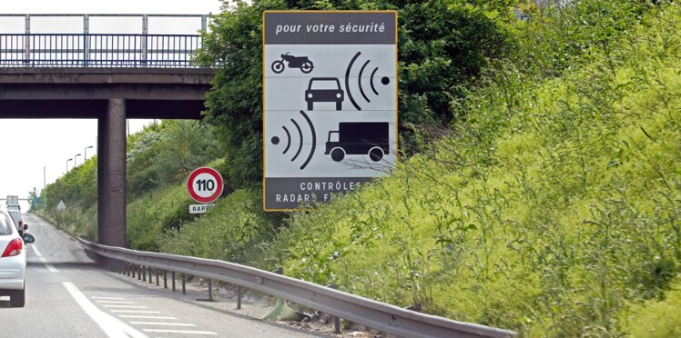 Sécurité routière : de drôles de nouveaux panneaux pour annoncer les radars