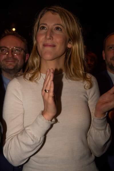 Elle est titulaire d'un Master de Droit des affaires et d'un DEA de droit privé général obtenus à l'Université Paris II Panthéon-Assas.