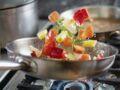 Cru, cuit… Quel mode de cuisson est le plus sain ?