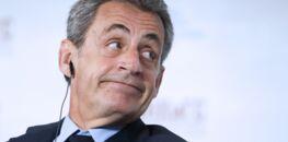 """""""C'est le seul à penser qu'il puisse revenir"""" : Nicolas Sarkozy assomme une nouvelle fois François Hollande"""