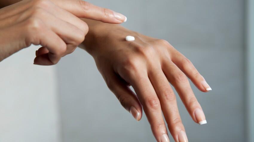 Comment bien prendre soin de ses mains après 50 ans ?
