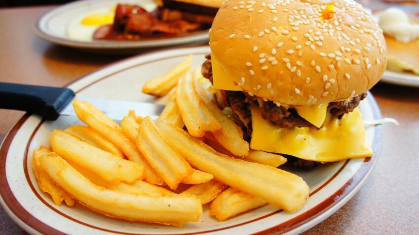 Malbouffe : manger gras et sucré dérègle le cerveau en à peine une semaine