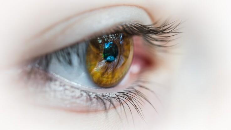 Oculolinctus : ce fétichisme venu du Japon consiste à lécher le globe oculaire de son partenaire