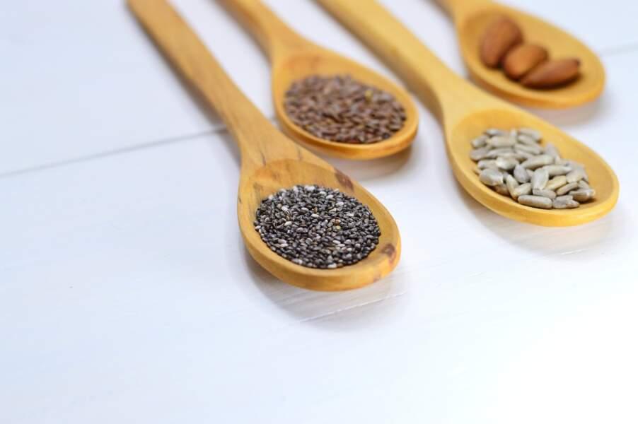 Laxatifs : des graines de lin et de chia contre la constipation