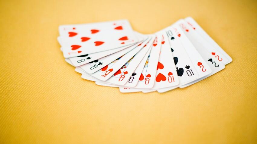 Cartomancie : 5 tirages gratuits pour lire l'avenir dans un jeu de 32 cartes