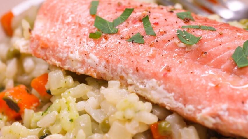 Risotto au saumon : la recette en vidéo