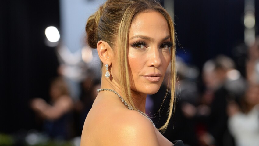 Jennifer Lopez change totalement de coupe de cheveux (oh la la !) : vous aimez ?
