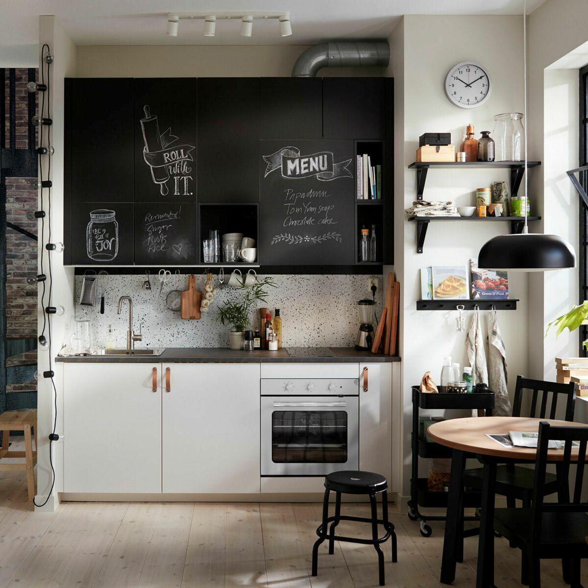 Plaque Sur Carrelage Cuisine 20 astuces pour relooker ma cuisine sans me ruiner : femme