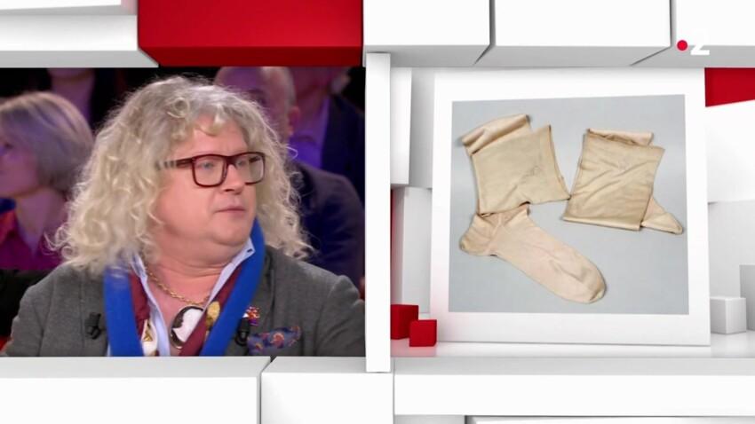 """Pierre-Jean Chalençon : ces objets surprenants (et coquins) de Napoléon que l'acheteur d' """"Affaire conclue"""" possède"""