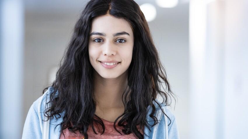 """""""Les Bracelets Rouges"""" : qui est Hanane El Yousfi (Nour), la nouvelle actrice de la série ?"""