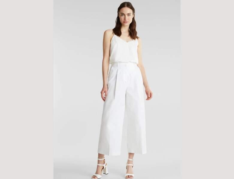 Total look blanc : la jupe culotte avec caraco